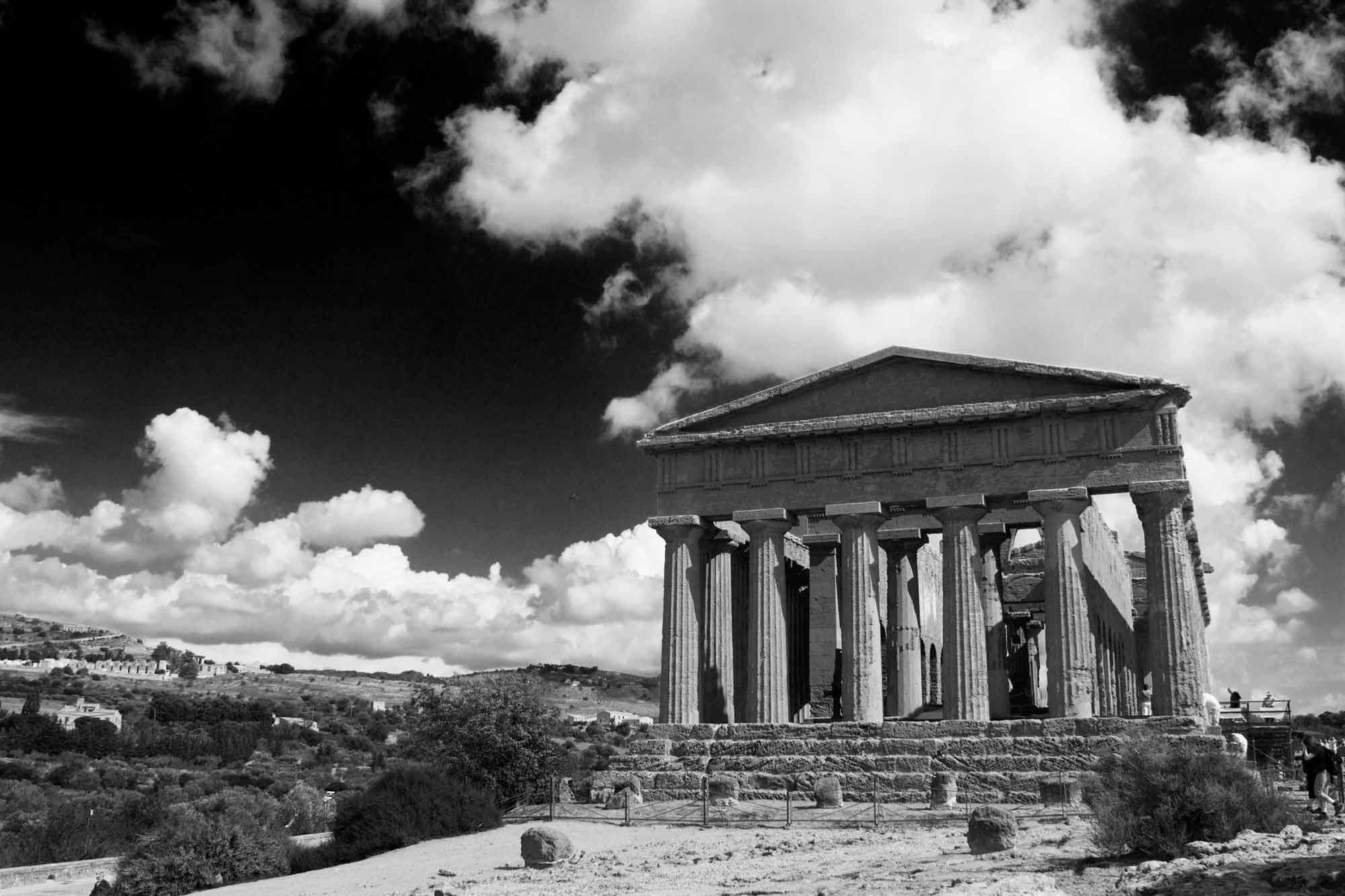 """Griechischer Tempel in der """"Valle dei Templi"""", Agrigent, Sizilien"""